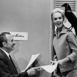 """Tippi Hedren dietro le quinte de """"Gli Uccelli"""", 1963"""