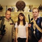Foto tra amici: Woody Harrelson, Emma Stone e Bill Murray sul set di Benvenuti a Zombieland (2009)