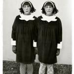 Diane Arbus / Identical Twins © Sandro Miller courtesy of Catherine Edelman Gallery Chicago