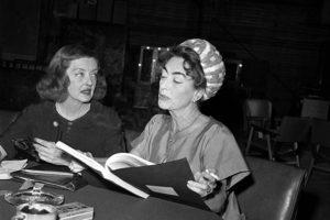"""Le due attrici sul set di """"Che fine ha fatto Baby Jane?"""""""