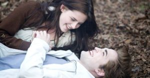"""La saga di """"Twilight"""", tra cinema e libri: la lista completa di tutti i film"""